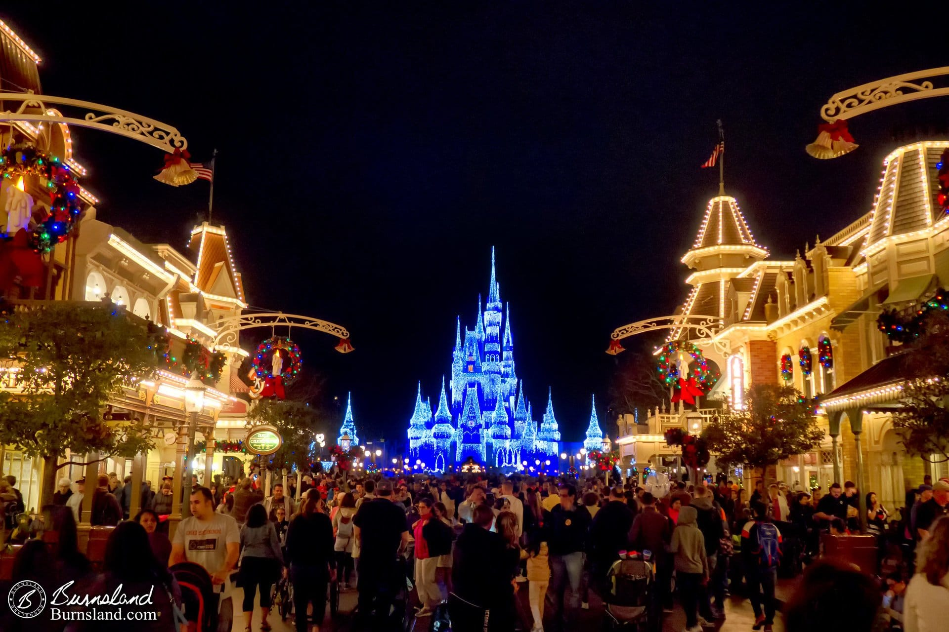 christmas on main street usa at walt disney world